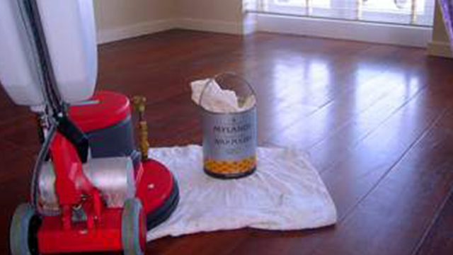 wooden floor waxer